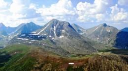 Хол-Хульне — гора, а не хребет