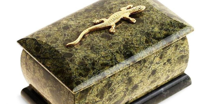 Камень змеиной кожи