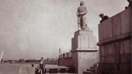 Форум Муссолини и бетонный баран на набережной